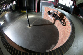 Stuart Chisholm - Rush Skatepark - Curved Wallride